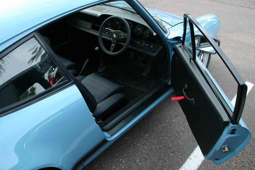 05 1973-911-RS_RIGHT-DOOR-OPEN-RIGHT-HAND-DRIVE