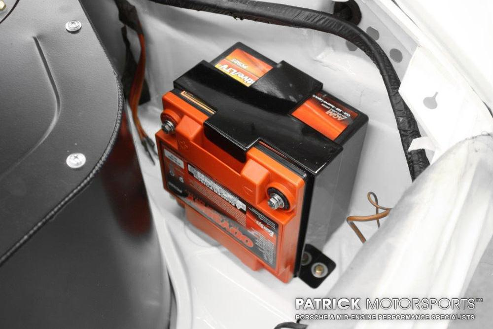 1974-PORSCHE-911-RSR-IROC-JOAO_ELECTRICAL-BATTERY