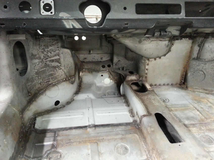 72 911 E Targa floor pan repared inside