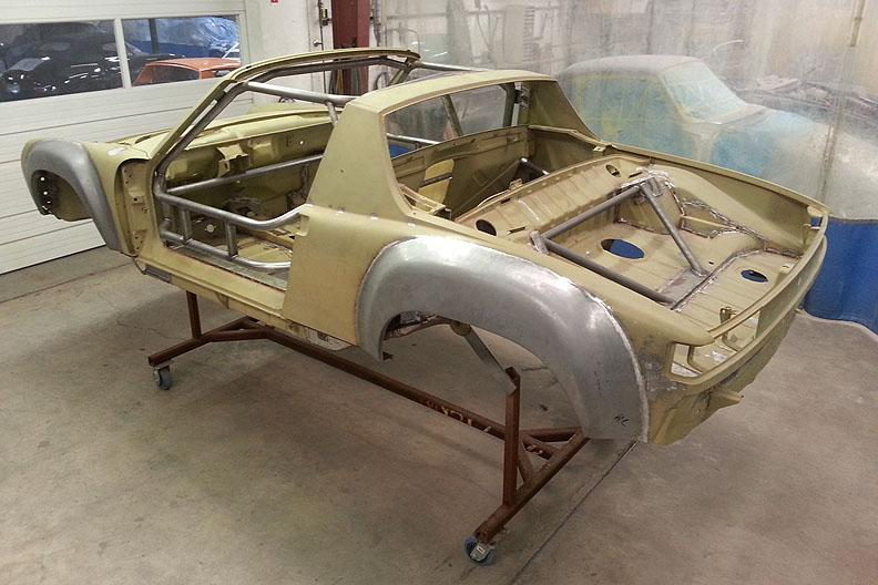 914-6 GT JM chassis rear ready for sealer