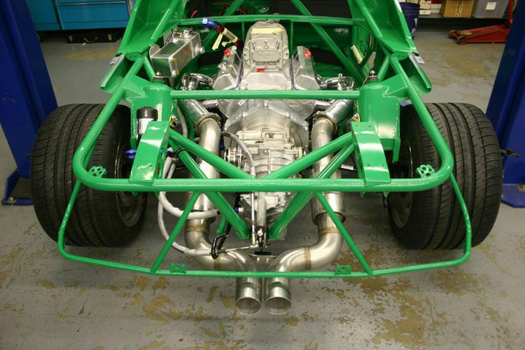 Here is the drive train installed in the finished frame, you can see the headers have been Jet Hot coated to help keep the engine compartment temperature down and add to the stunning appearance of this installation.